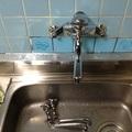 台所壁付水栓水漏れ
